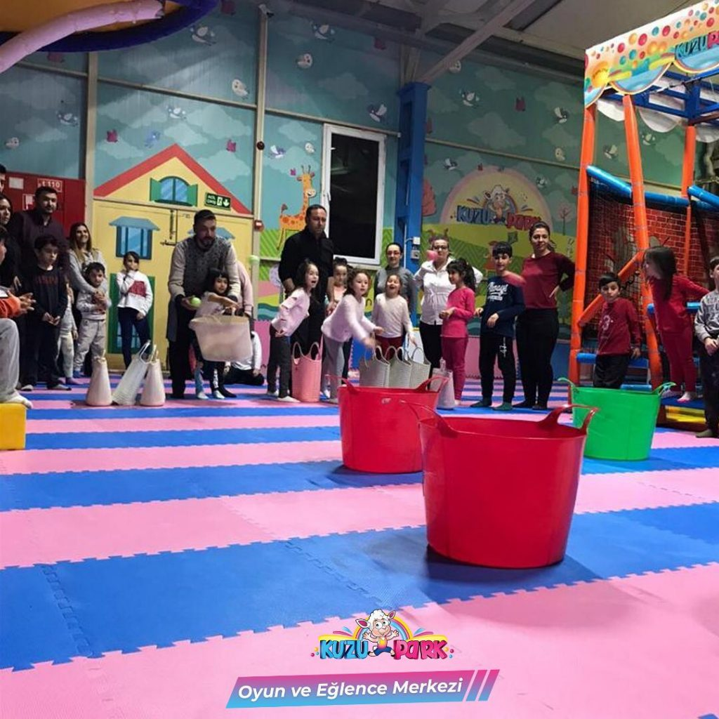 Kapalı Oyun Parkı